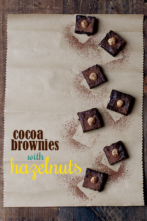 Cocoa Brownies with Hazelnuts