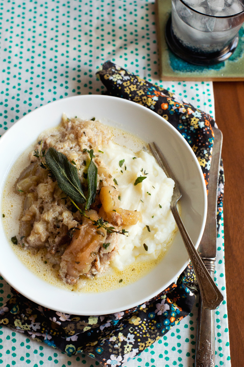 Slow Cooker Chicken w/ Apples and Crème Fraîche
